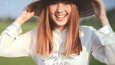 Hot girl Thái Lan cover 'Bèo dạt mây trôi' giờ ra sao?