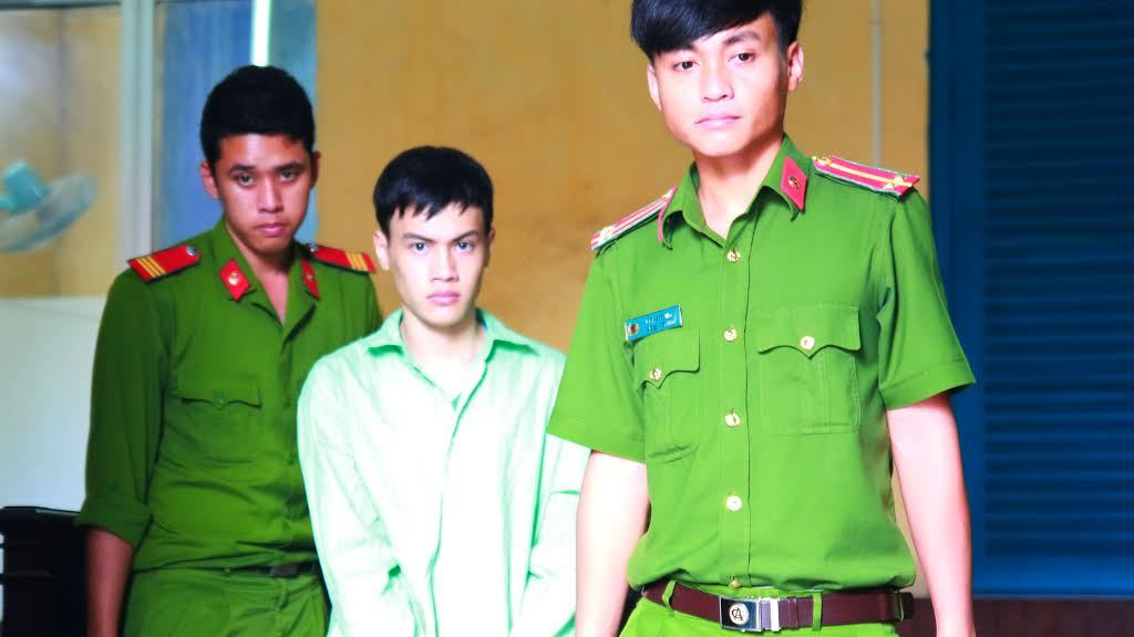 Gã trai bị tố sống vợ chồng với bé gái 12 tuổi