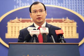 Việt Nam đang xác minh thông tin TQ triển khai vũ khí tại Trường Sa