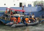 Vụ chìm tàu Hải Thành 26: Đưa thi thể Đại phó tàu về bờ