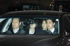 Bà Park Geun Hye vào tù và bài học chưa thuộc