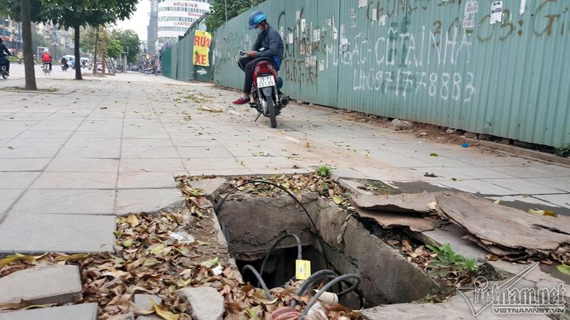 Những 'hố tử thần' há miệng chờ nuốt người ở Hà Nội