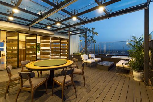 Căn penthouse ngập tràn ánh sáng và cây xanh của chàng doanh nhân trẻ độc thân