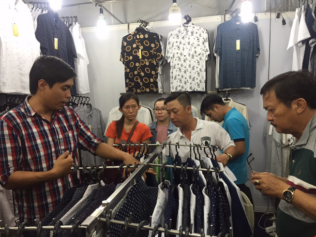 Hàng Trung Quốc 'rất tệ', sao người Việt lại mua?