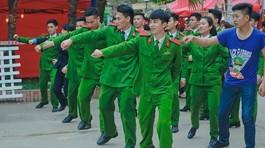 Clip nhảy 'Bống bống bang bang' phiên bản nam sinh cảnh sát