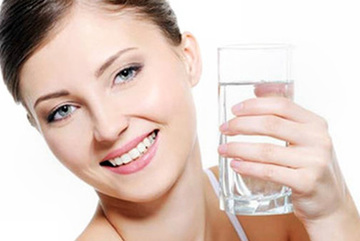 5 thời điểm nên tránh bổ sung nước