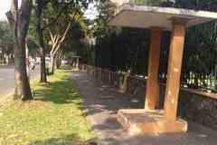 Văn phòng Chính phủ tại TPHCM tháo 2 chốt bảo vệ lấn vỉa hè