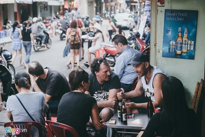 Vỉa hè, Sài Gòn, kinh doanh, cho thuê, đi bộ