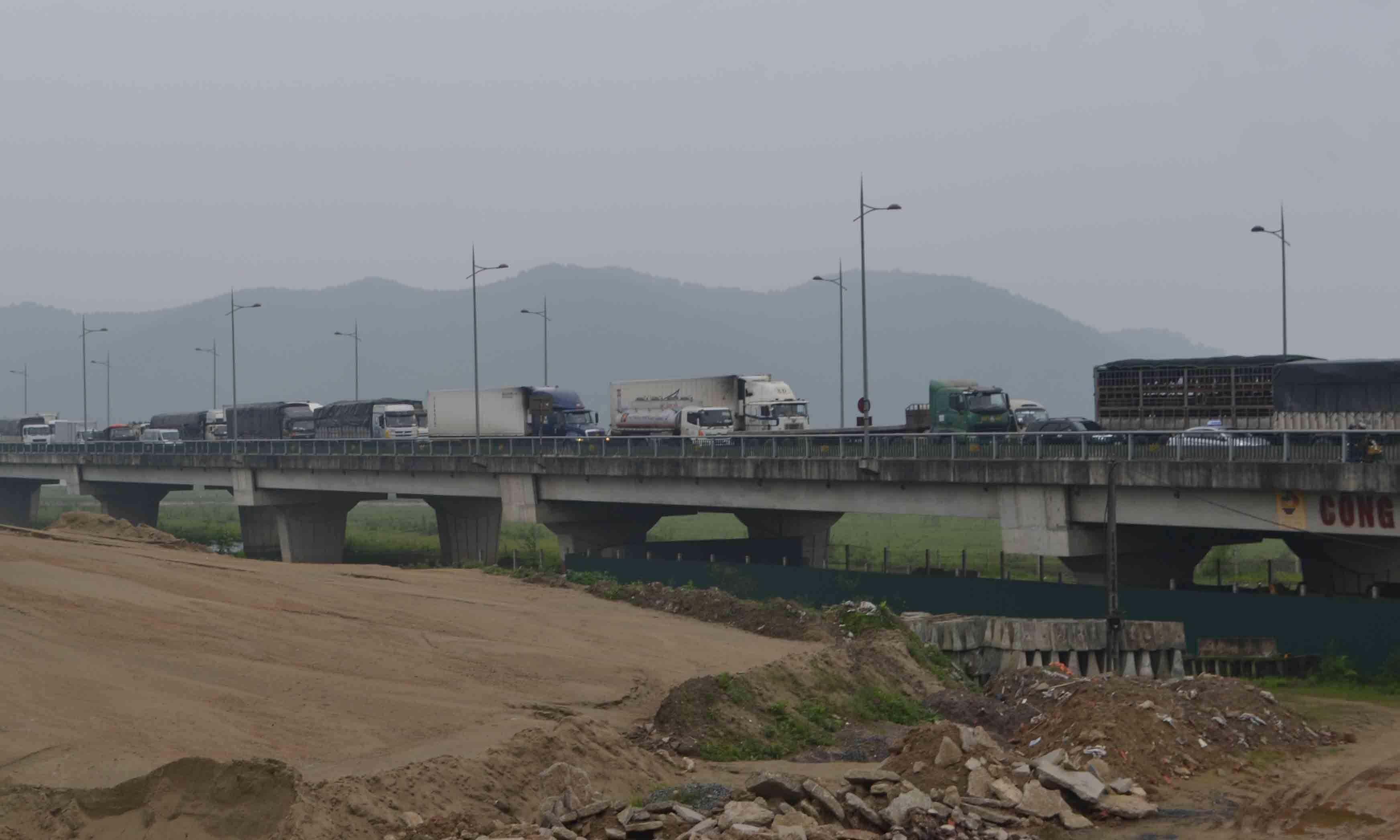 BOT, cầu Bến Thủy, trạm thu phí Bến Thủy, di dời trạm thu phí, an toàn giao thông