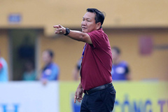 Thua HAGL, HLV Quảng Nam tố trọng tài có vấn đề