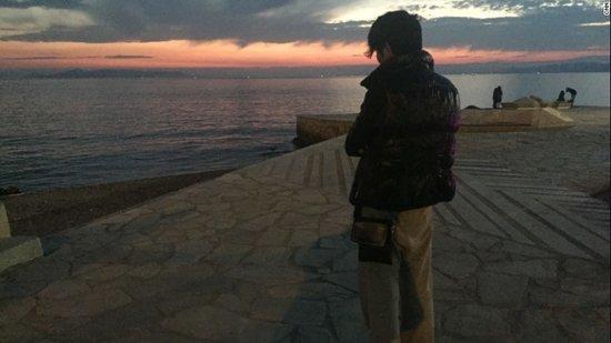 Bi kịch 'nam mại dâm trẻ tuổi' trên đường phố Hy lạp