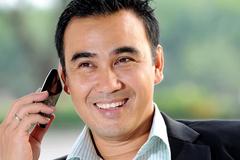 MC Quyền Linh: Cú điện thoại 2h đêm và lời đe dọa tự tử