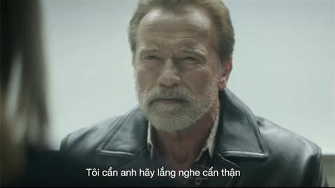 Huyền thoại Arnold Schwarzenegger trở lại trong cuộc chiến tâm lý