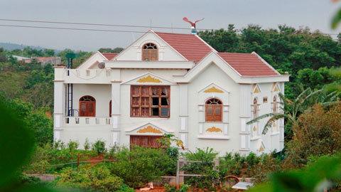 Phó Ban Nội chính tỉnh xây biệt thự không phép: 'Sao chỉ phạt mình tôi?'