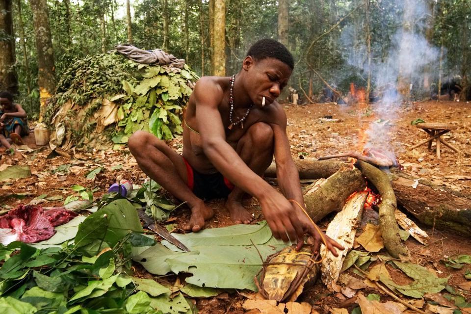 Bộ tộc người lùn kỳ bí sống trong rừng rậm châu Phi