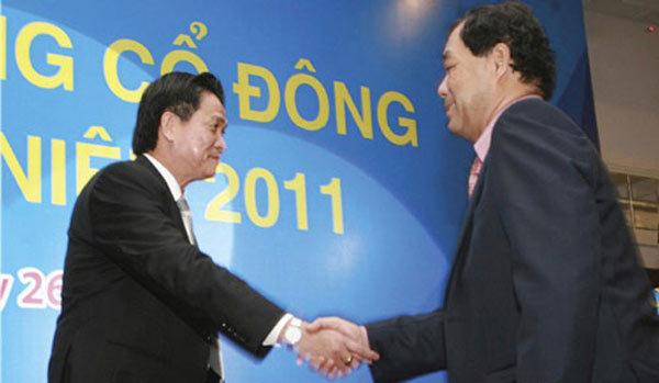 Lê Hùng Dũng nghỉ, Trầm Bê rút: Eximbank, Sacombank chưa yên