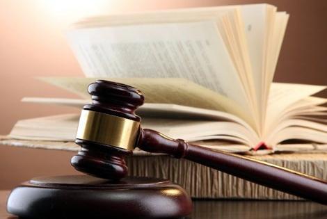Tôn vinh doanh nhân 'thượng tôn pháp luật'