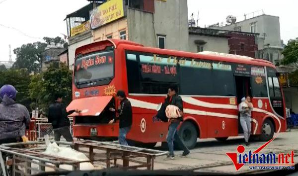 Hà Nội điều chuyển cả ngàn lượt xe khách: Mỗi tỉnh về 1 bến
