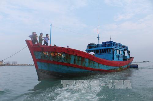 Quảng Ngãi, tàu lạ, ngư dân, tử vong, nổ súng
