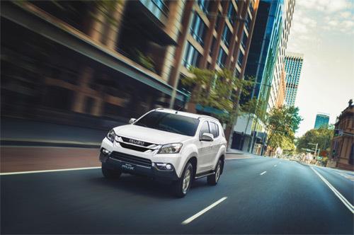 Thi lái xe an toàn và tiết kiệm nhiên liệu với Isuzu