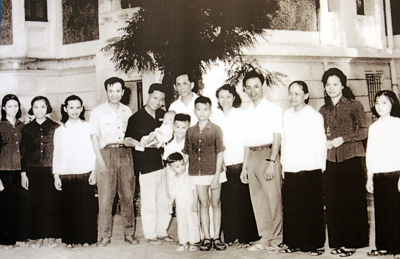 Tổng bí thư Nguyễn Phú Trọng, Nguyễn Phú Trọng, Tổng bí thư Lê Duẩn, Lê Duẩn