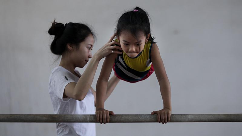 thể dục dụng cụ, học trò, vận động viên nhí