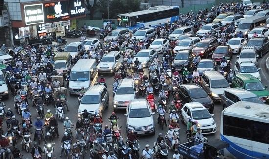 TPHCM, hạn chế ô tô, thu phí ô tô, thu phí ô tô chạy vào trung tâm, đề xuất thu phí ô tô chạy vào trung tâm, ùn tắc giao thông