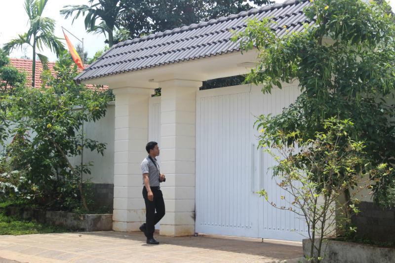 Phó Ban Tổ chức tỉnh xây nhà vườn không phép