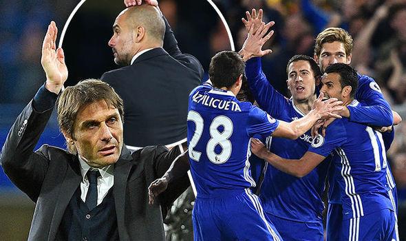 Mourinho 'đi đêm' Sanchez gặp ngay kẻ thù, Pep thề độc