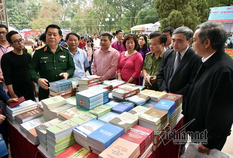 Tưng bừng khai mạc Ngày sách Việt Nam lần thứ 4