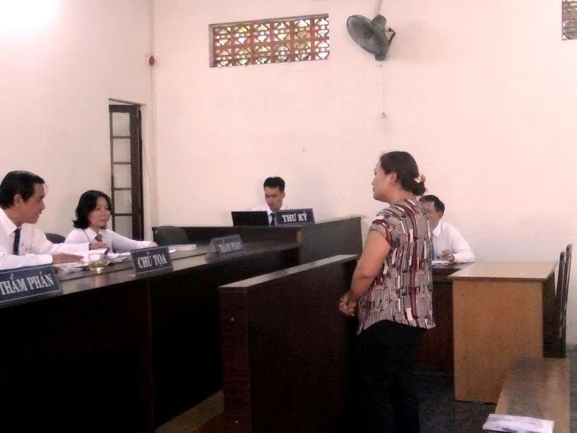 thư ký tòa gạ chạy án, án treo, môi giới hối lộ, bắt quả tang, thư ký tòa án TPHCM, nhận hối lộ