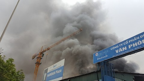 Cháy gần Keangnam tiếp
