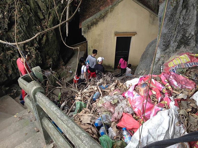 núi Bài Thơ, nóc nhà Hạ Long, Quảng Ninh, giới trẻ
