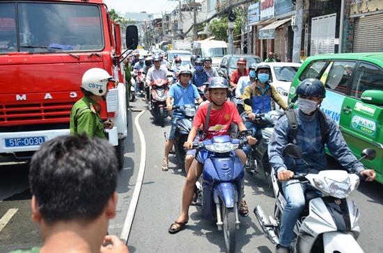 TPHCM, cháy nhà, cháy lớn, PCCC, quận Phú Nhuận