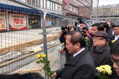 Bộ trưởng Trương Minh Tuấn chia buồn với nạn nhân Thuỵ Điển