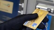 Siêu trộm mất vài giây lấy sạch tiền trong cây ATM