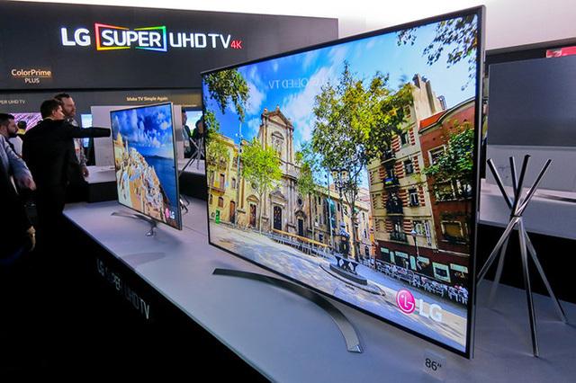 Tại sao TV khi mua về không đẹp 'long lanh' như lúc ở siêu thị?