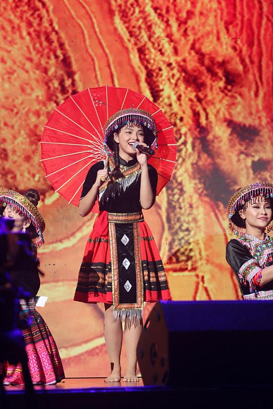 Noo Phước Thịnh 'chơi trội'