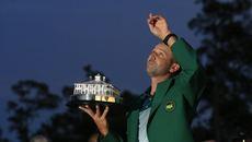 """The Masters: """"Vua về nhì"""" Sergio Garcia lên ngôi giàu cảm xúc"""