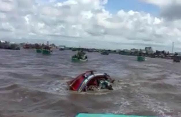 Tìm thấy thi thể cô gái mất tích trong vụ chìm tàu ở Bạc Liêu