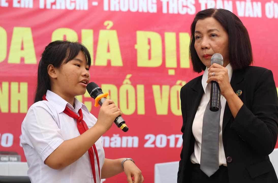 Trường học mở phiên tòa dạy trẻ chống xâm hại tình dục