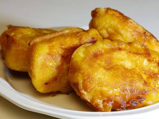 20170410170949 chuoi 5 - Cách làm bánh chuối chiên giòn rụm, ăn mãi không ngán