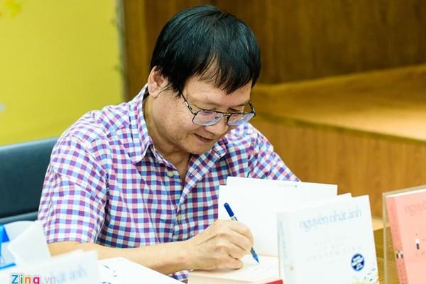 Nguyễn Nhật Ánh tái ngộ bạn đọc tại Hội sách Hải Châu