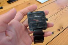 Smartwatch có thể sạc pin không dây cho smartphone