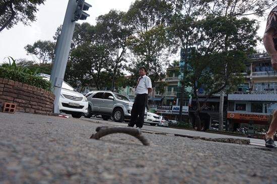 Ông Đoàn Ngọc Hải giải thích lý do bồi thường du khách ngã 'vỡ mặt' trên phố