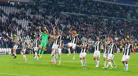 Messi 'câm nín', Barca thua vỡ mặt trước Juventus