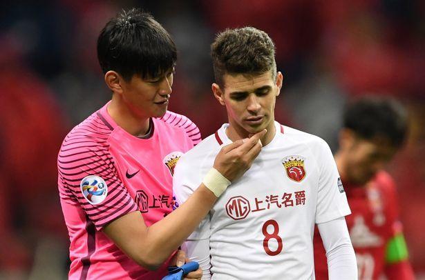 Oscar hỏng 2 quả penalty, 'đại gia' Trung Quốc ôm hận