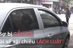 Sợ bị cẩu xe, tài xế đồng loạt dùng cách này để 'lách luật'