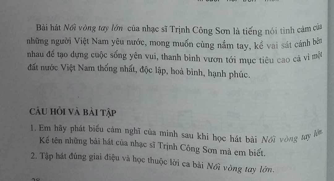 """Bài hát """"Nối vòng tay lớn"""" đã có trong sách giáo khoa"""