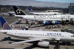 Luật nào ở Mỹ cho phép 'đuổi' hành khách xuống máy bay?